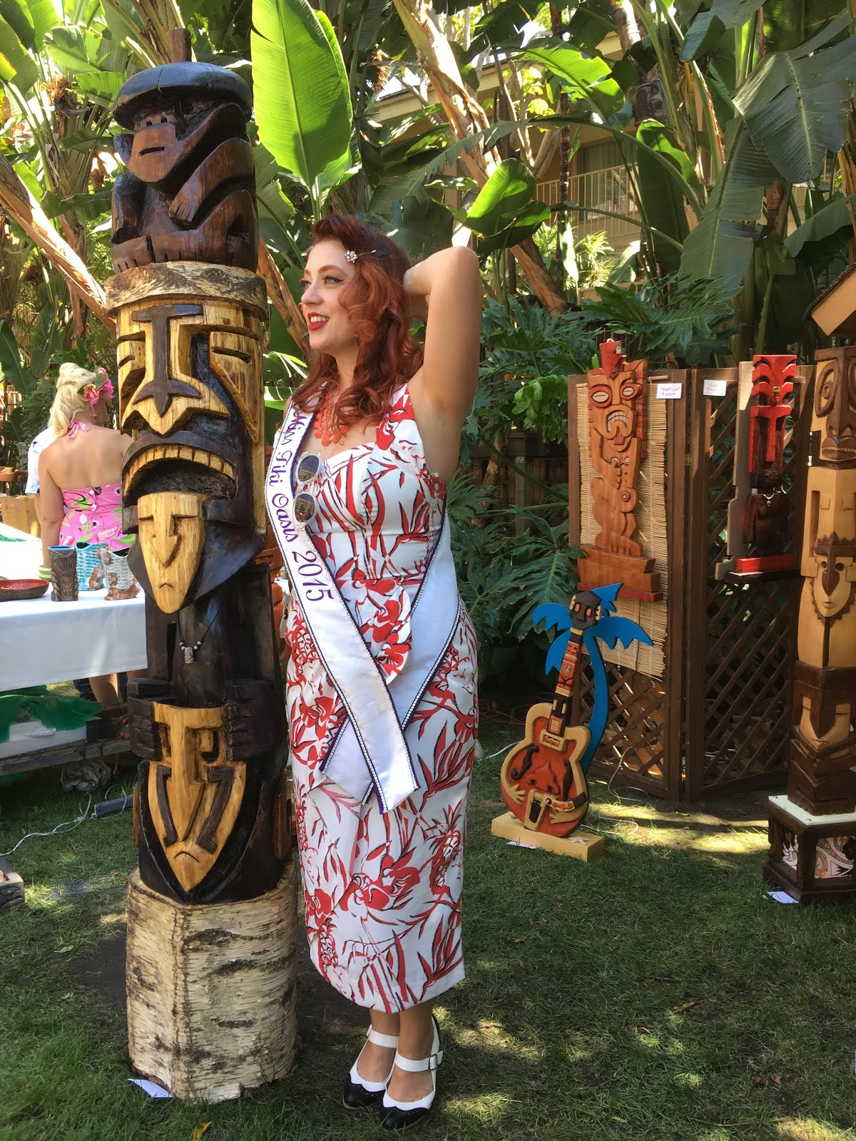 Lucky for me I had two pieces sold before I got to this years' Tiki Oasis in San Diego.