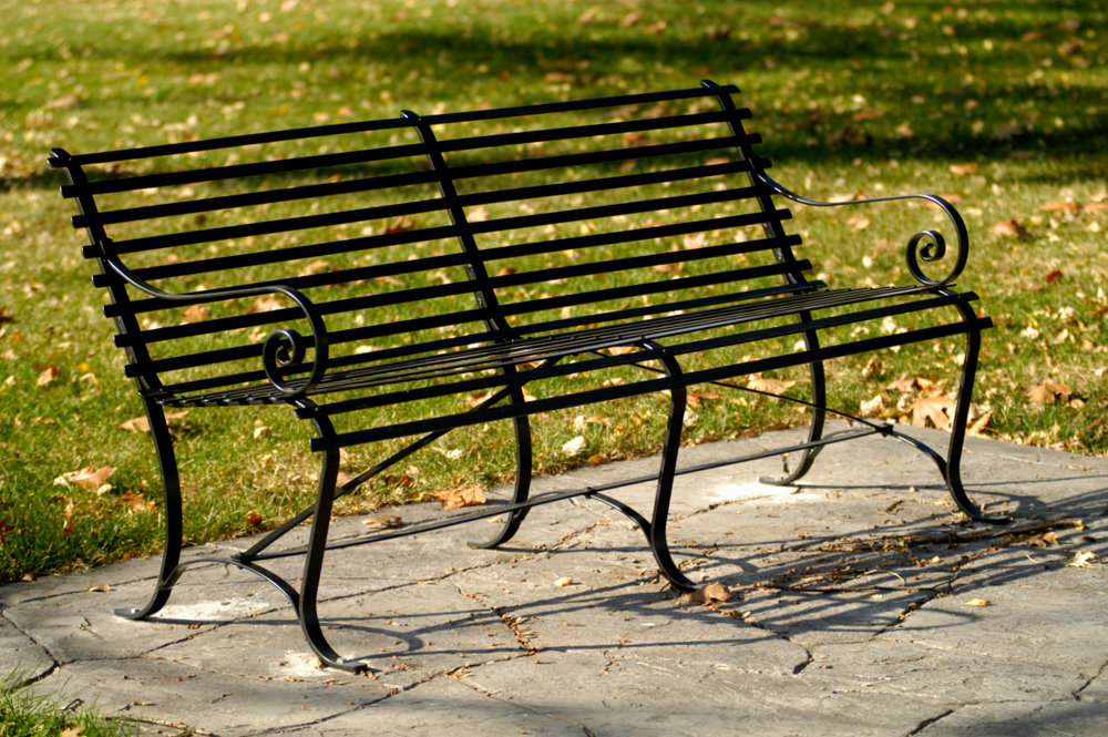 Stewart Iron Works Blog The Iconic New York City Park Bench