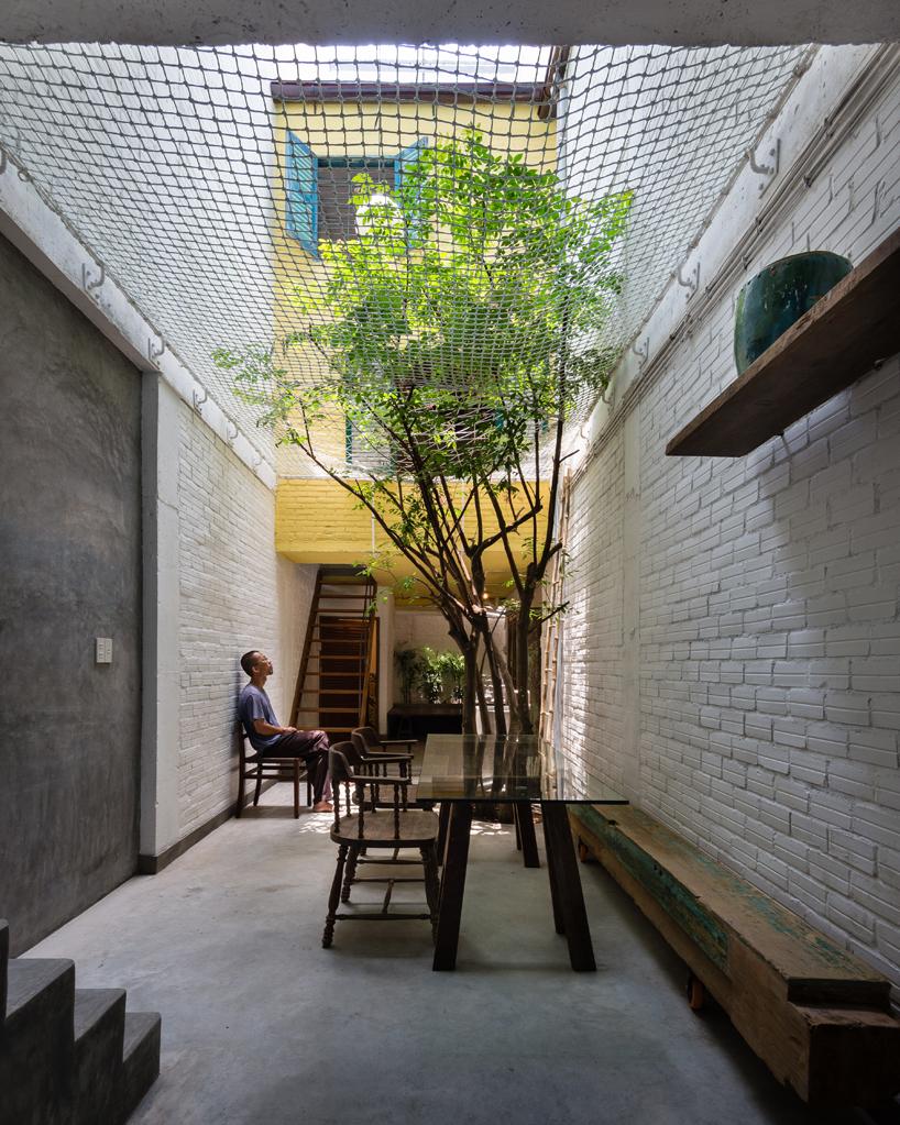 Casa saigon in vietnam con singole abitazioni e giardino - Giardino interno casa ...