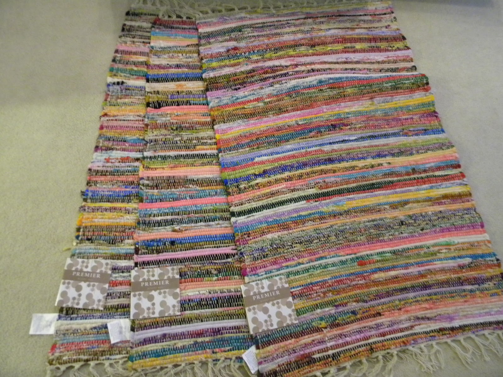 How to make old fashioned rag rugs Step On It! DIY Area Rugs, That Is. Decorating Your