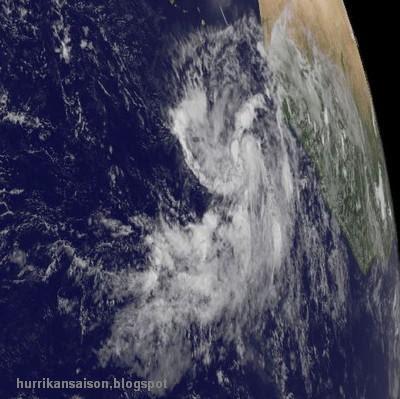 Tiefdruckgebiet vor Westafrika (pot. Philippe): NHC erkennt Potential für Entwicklung, Philippe, Atlantik, Vorhersage Forecast Prognose, Verlauf, September, aktuell, Satellitenbild Satellitenbilder, Hurrikansaison 2011, 2011,