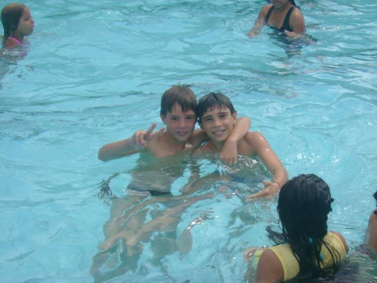 crianças na pisicina - encontrão 2009