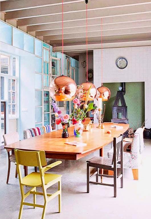 trio de pendentes sobre a mesa de jantar - myscandinavianhome