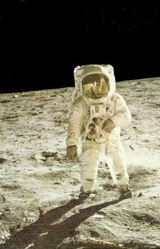 NEL 1969 L'UOMO NON E' SBARCATO SULLA LUNA: LA NASA HA PERSO I FILMATI ORIGINALI