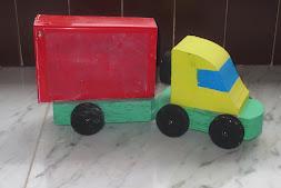 Camión de madera
