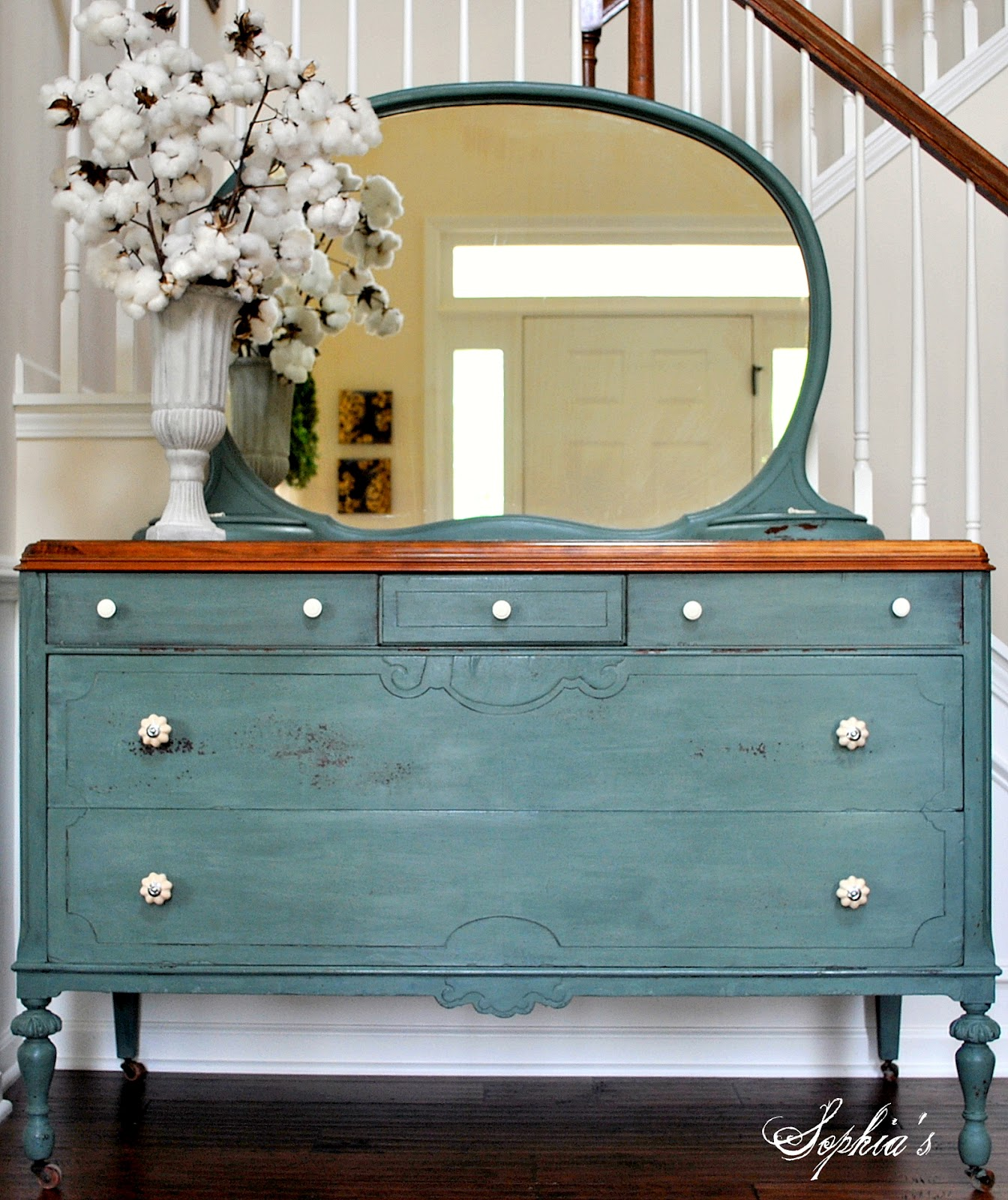 Sophia 39 s milk paint dresser for Ideas for painting a dresser