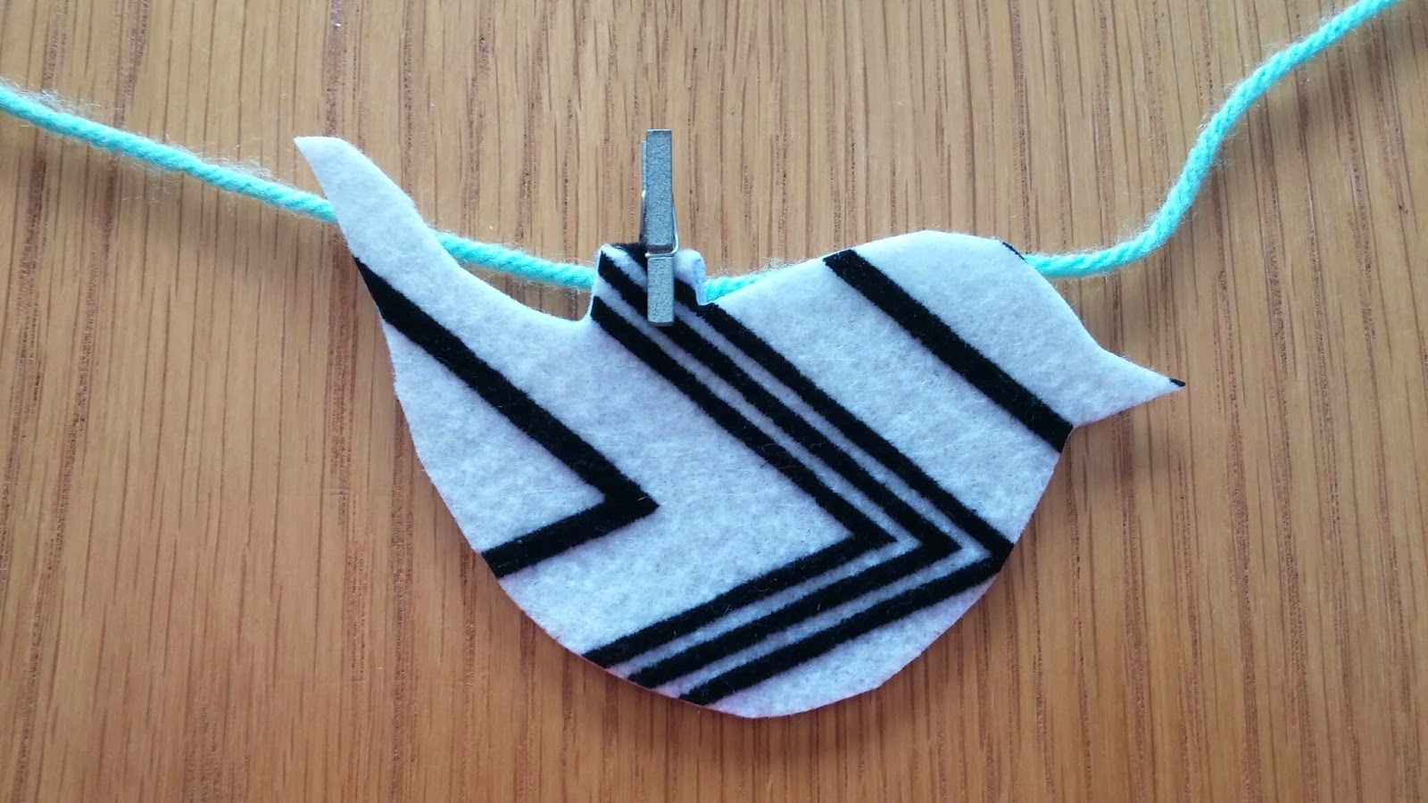 wading through soup no sew bunting for a bird themed birthday party