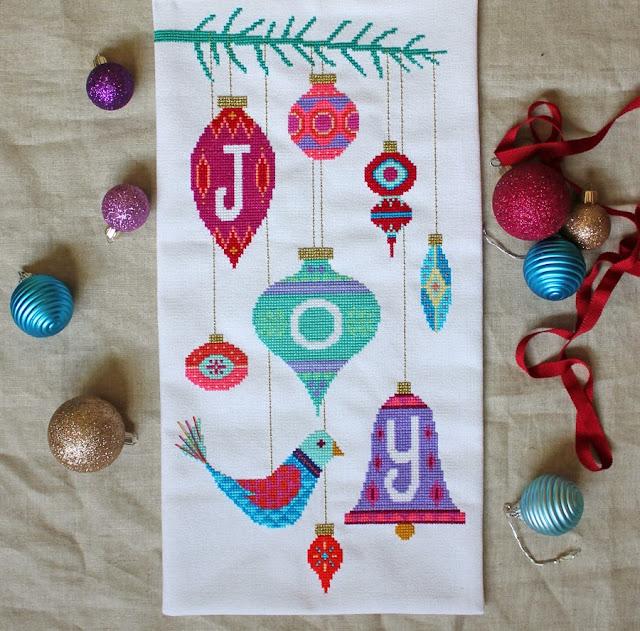 joy_satsuma_street_cross_stitch_christmas_pattern_retro_ornaments_holiday_bird_tree
