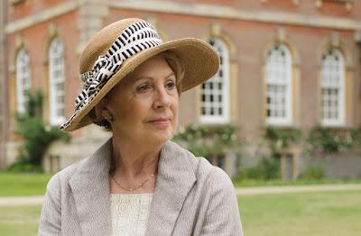 Penelope Wilton in Downton Abbey Season 6