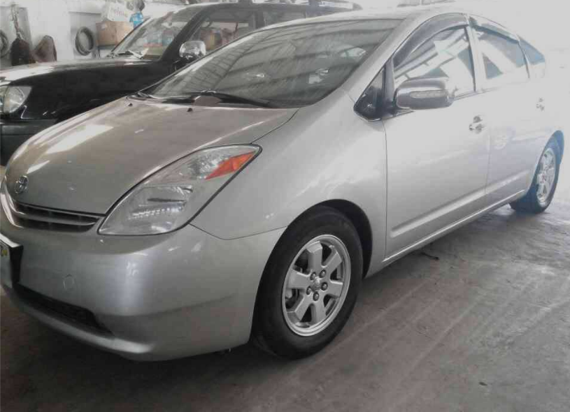 2005 toyota prius 10 500 cambodia auto. Black Bedroom Furniture Sets. Home Design Ideas