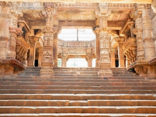 Adalaj_Step-Well