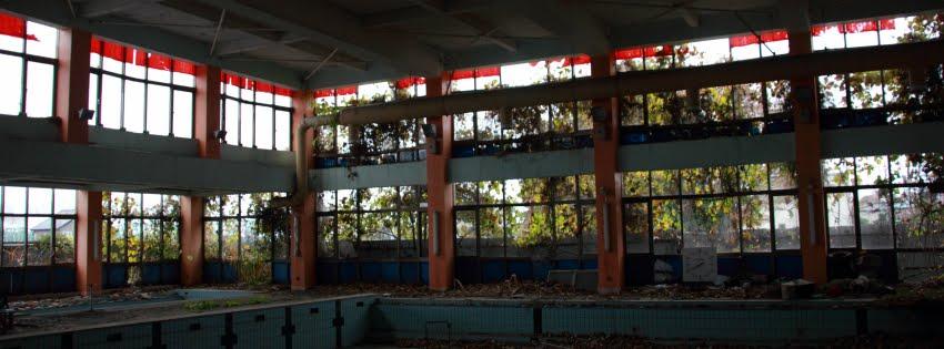 Hスイミングスクール