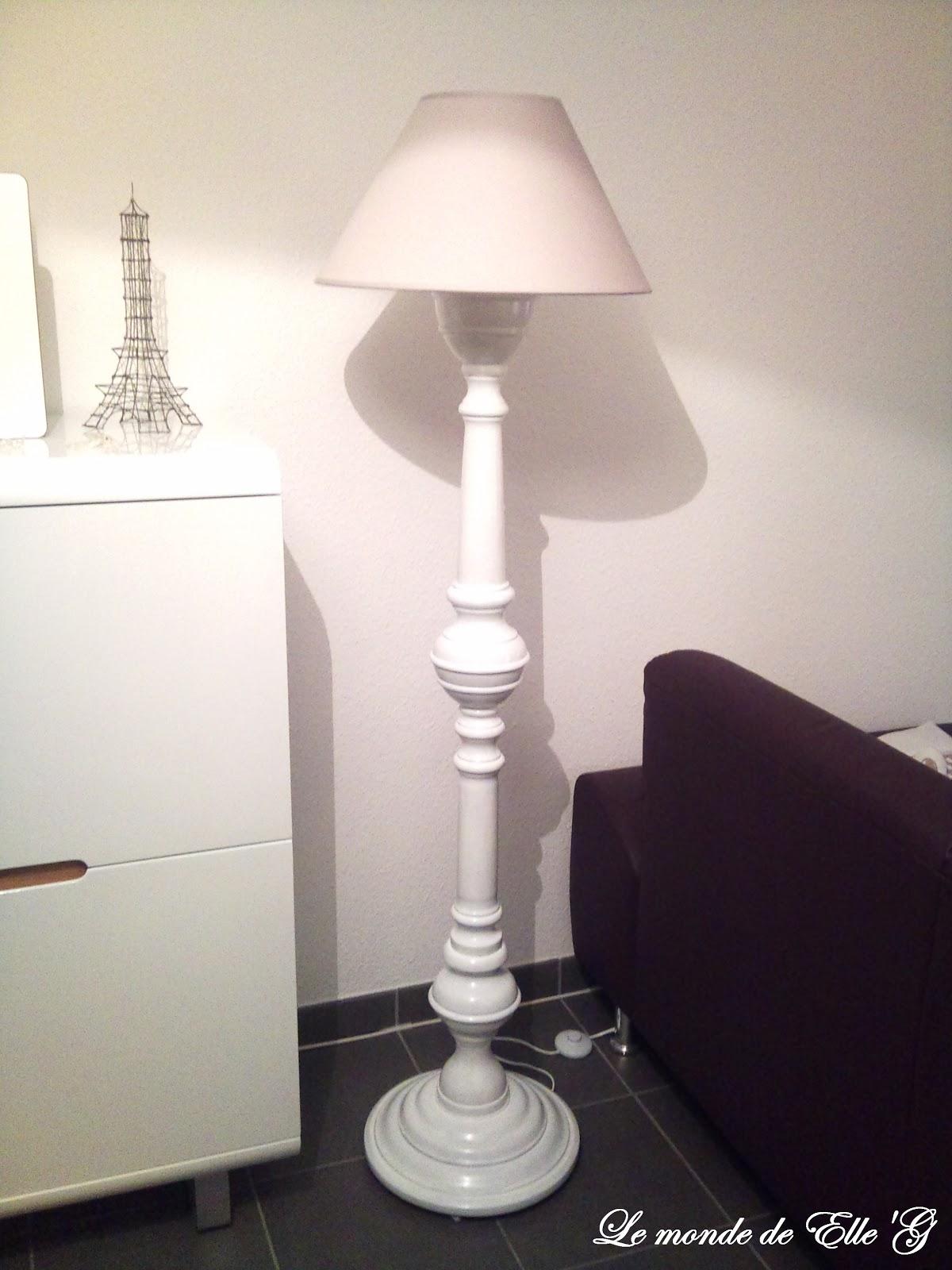 une nouvelle vie pour un lampadaire le monde de elle 39 g. Black Bedroom Furniture Sets. Home Design Ideas