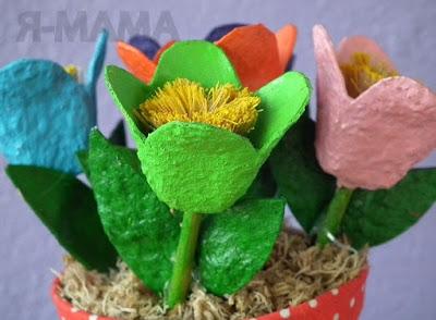 Поделка цветы из яичного лотка своими руками