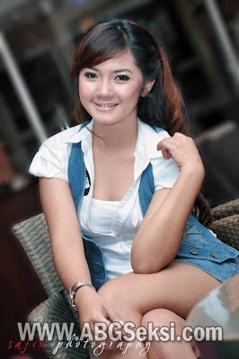 foto model indonesia sexy cantik 2