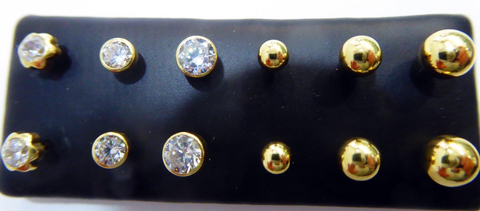 Pendientes de oro, de bola y circonitas
