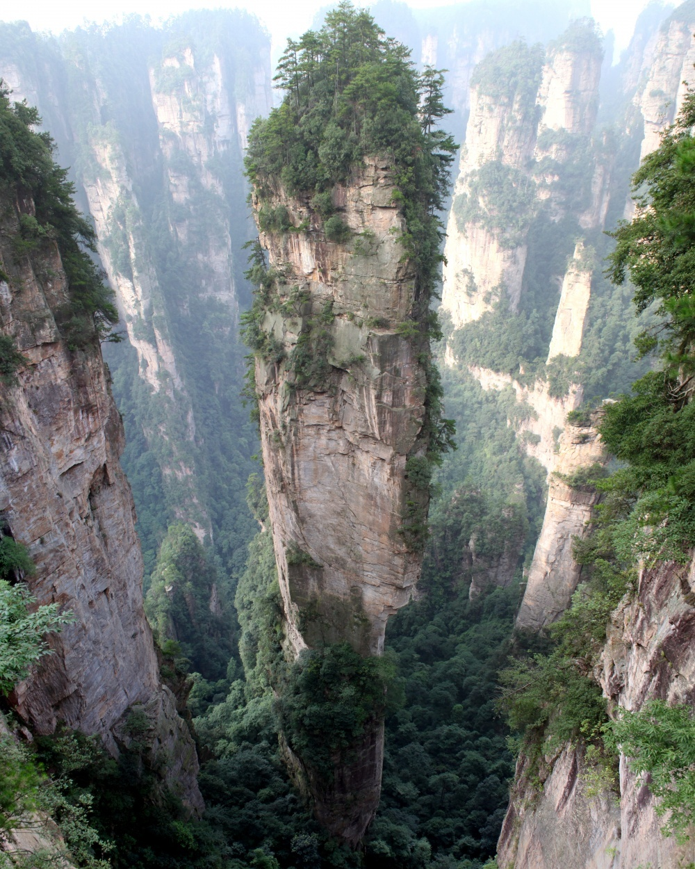 The 100 best photographs ever taken without photoshop - Tianzi Mountain (China) — inspiration for the landscapes of Pandora in Avatar