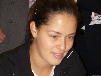 Ana Ivanovic Lovely Wallpaper