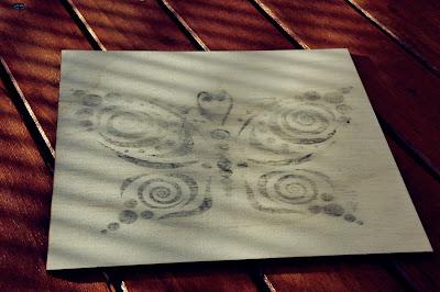 grafika na drewnie