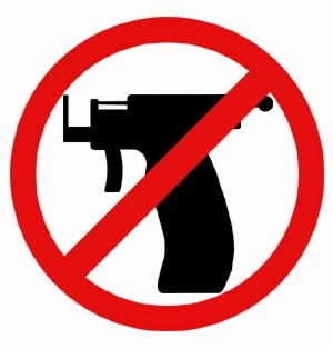 NO GUN FOR YOUR PIERCING!!!! at INOLVIDABLE TATTOO SHOP we don't Use..