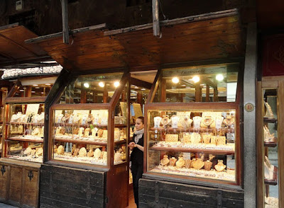 Local Gold Shop