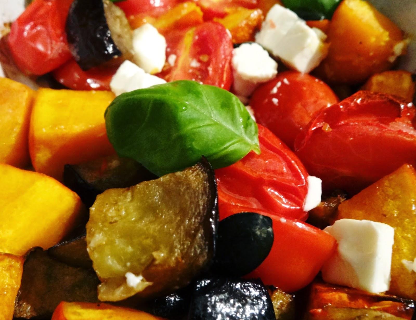 Low-Carb, aber lecker: Gemüsepfanne mit Kürbis