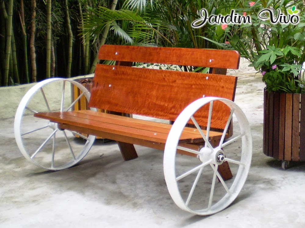 banco de jardim reciclado:Cod.105- BANCO JARDIM EM MADEIRA C/ P?S EM ...