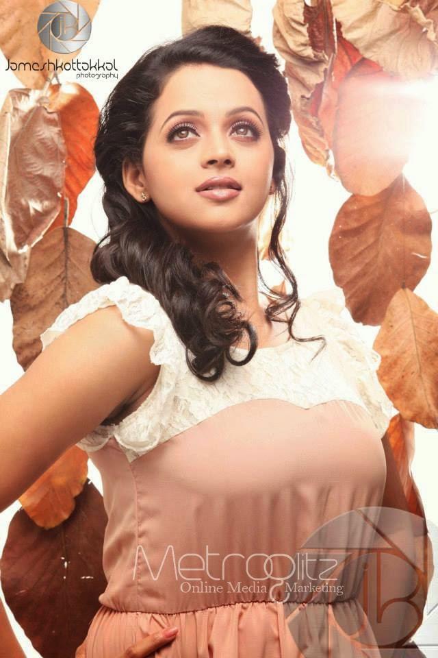 Actress Bhavana Menon Latest Hot Photoshoot Gallery | WoodsTimes.com ...