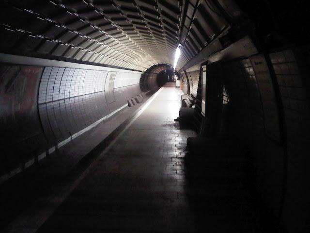 Toter Tunnel der U-Bahn - Jungfernstieg - Hamburg