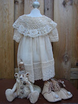 Antieke jurkjes..je kunt ze vinden in mijn winkeltje..
