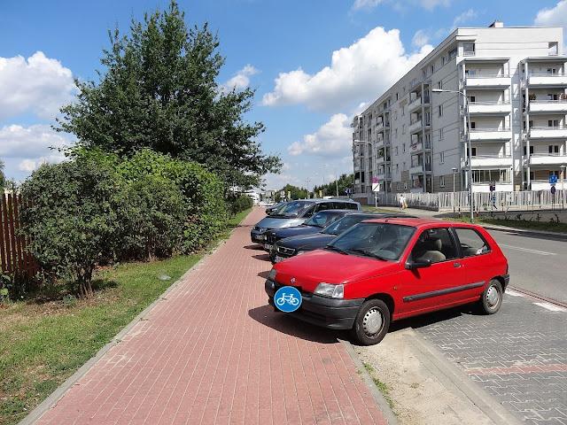 Ścieżka rowerowa na Osmańczyka. Bemowo.