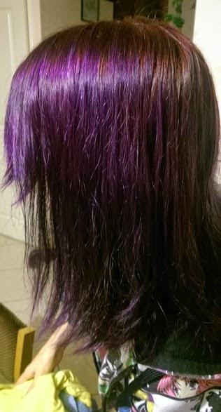 cheveux mouills - Coloration Violine Soie
