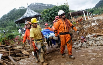 130 VICTIMAS FALATES POR TORMENTAS EN MEXICO