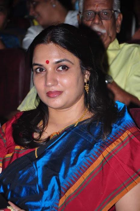 suganya @ bharathanatya arangetram actress pics