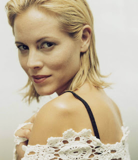 maria bello cheerleader