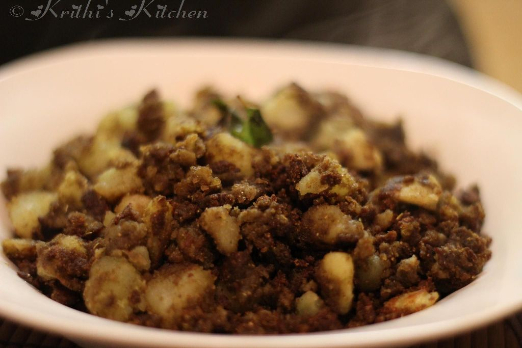 Krithi's Kitchen: Roasted Potatoes Spiced with Curry Leaves