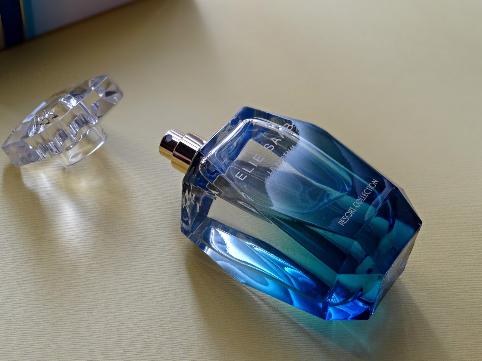 Elie Saab Le Parfum Resort Collection Eau de Toilette Review, Photos