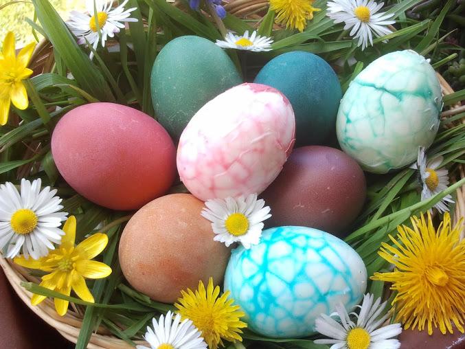 I sapori di casa mia uova di pasqua colorate - Uova di pasqua in casa ...