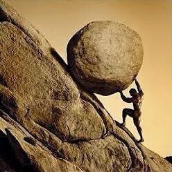 sisifo, un rey castigado a subir una piedra por el rey del inframundo