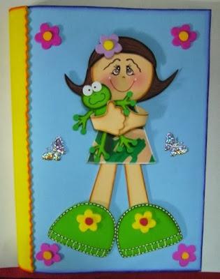 Ahora quiero mostrarles lo que aprendí!!!!!!!!! Estos cuadernos están forrados y decorados con foamy! Espero les guste!