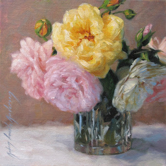 PINK YELLOW WHITE ROSES IN GLASS VASE