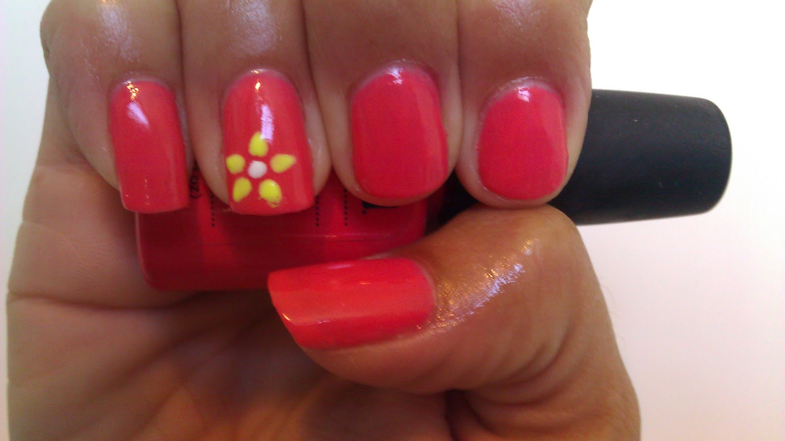 Shellac with flower nails - in Saratoga Springs, Utah