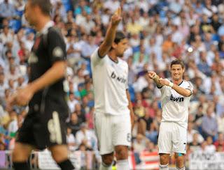 Cristiano+Ronaldo+Real+Madrid+CF+v+Granada+gJIWiq EIA5l صور كريستيانو رونالدو مباراة غرناطة الدوري 2012/2013 2 سبتمبر 2012