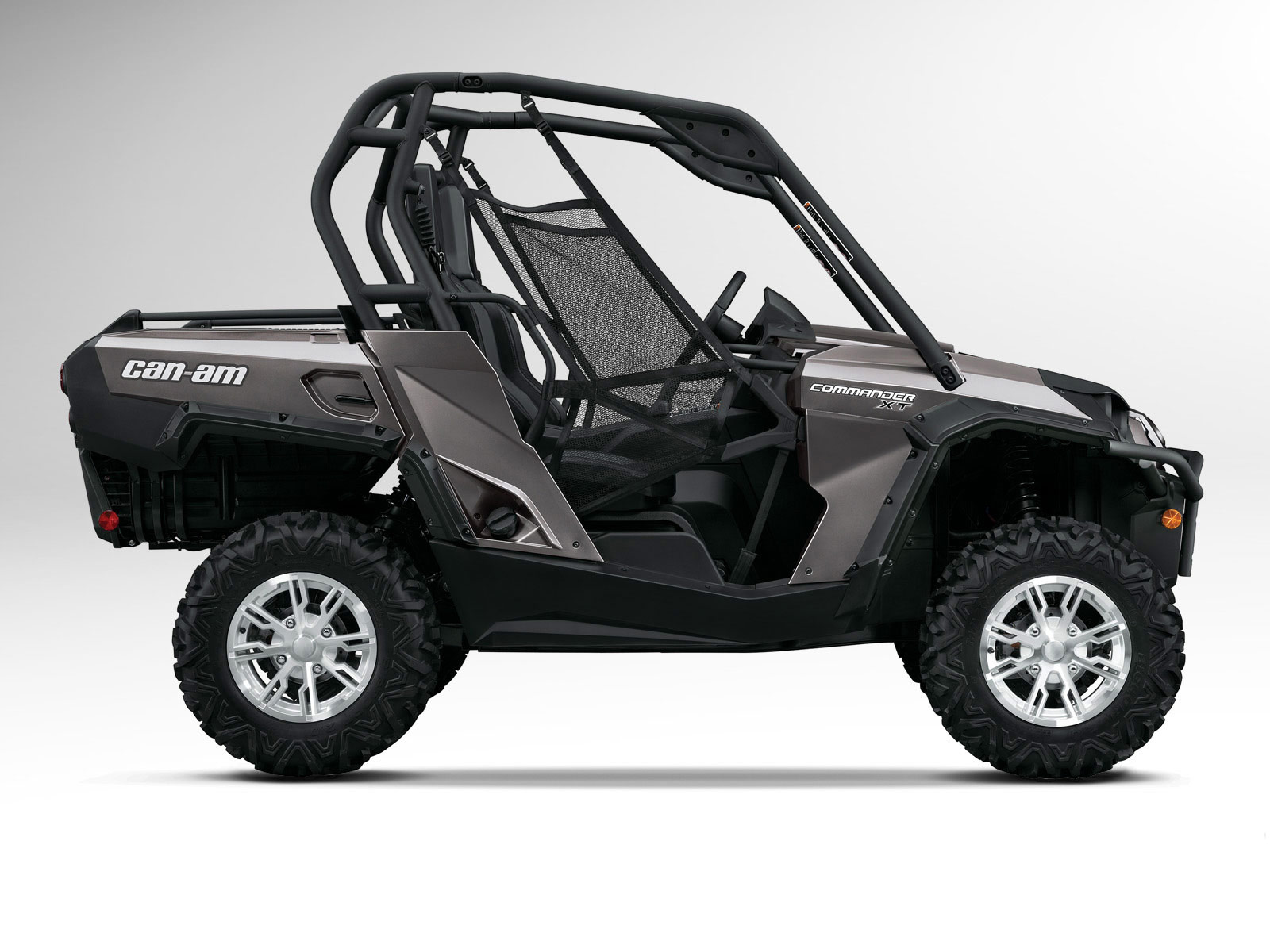 2012 Can-Am Commander 800R XT ATV pictures 3
