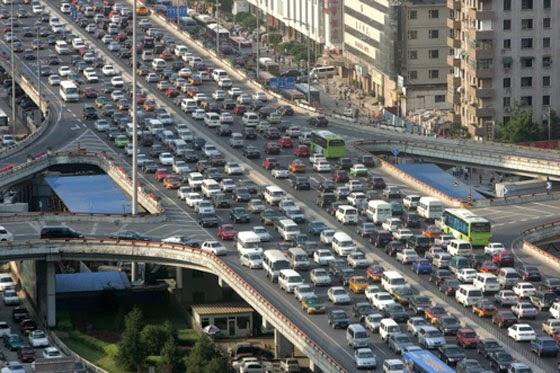 El crecimiento de licencias de conducir en China aumenta de manera exponencial
