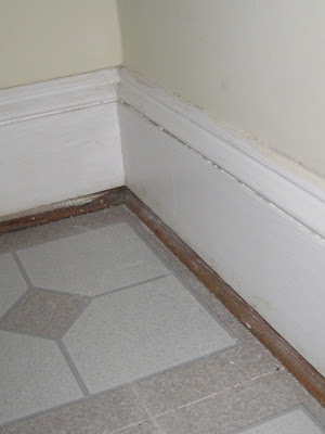 how to cut vinyl tile around toilet