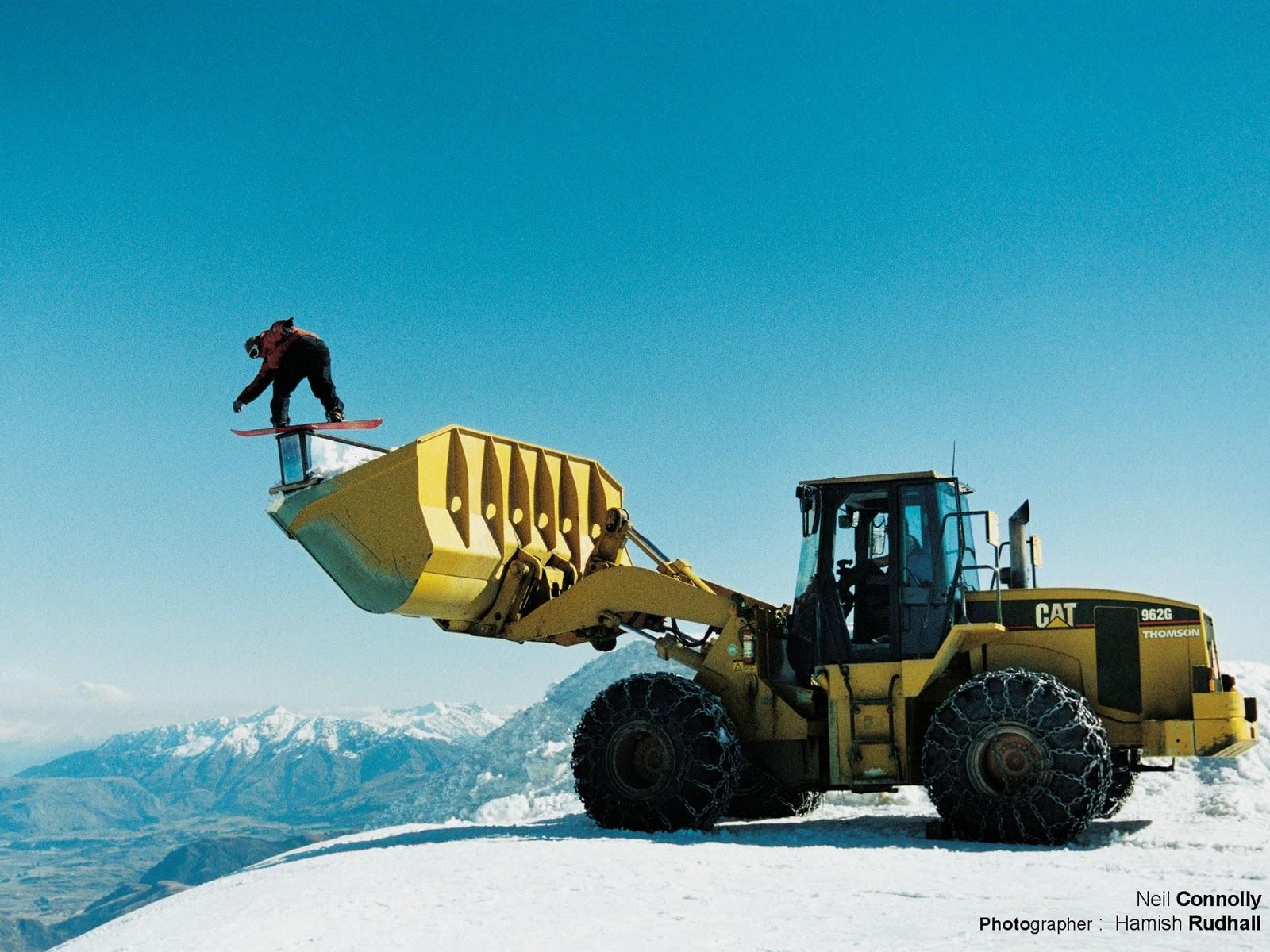 http://1.bp.blogspot.com/-Sc0t4Xq8DQw/TvcXtlFH9qI/AAAAAAAAAw4/q4PoiXciJCI/s1600/SnowBoard5.jpg