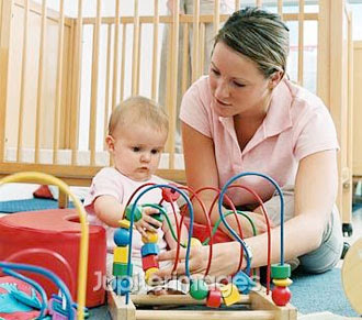 Chăm sóc trẻ sơ sinh 2 - 3 tháng tuổi