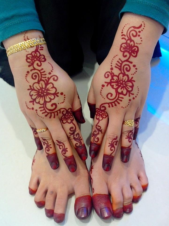 Inai Jenama Party Mehndi : Henna simple di jari makedes