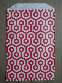 Papiertten rot mit Wabenmuster 19x12,5 cm